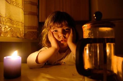 ночь, свечи, страшная сказка, , девочка