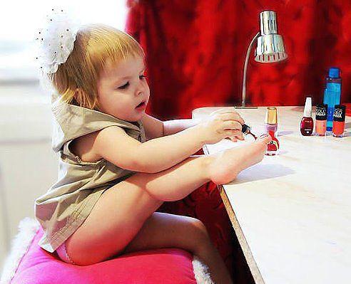 мамина копия, педикюр, лак для ногтей, девочка